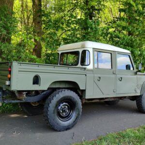 1985 LR RHD Landrovr 127 Green right rear