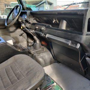 LR LHD 1995 Defender 110 300 Tdi Conisten Green A dash and trim
