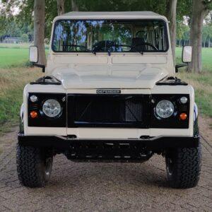 1992 LR LHD Defender 110 200 Tdi S8 done front