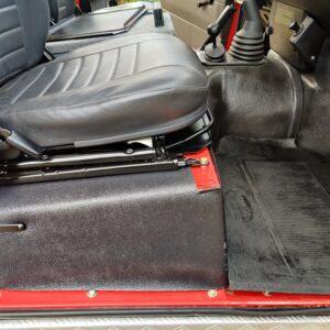 1992 LR LHD Defender 110 V8 Fire Dept 9900 km seatbase pass side