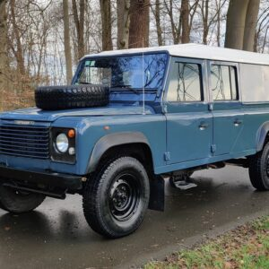 1995 LR LHD Defender 130 Stationwagon Arles Blue left fromt