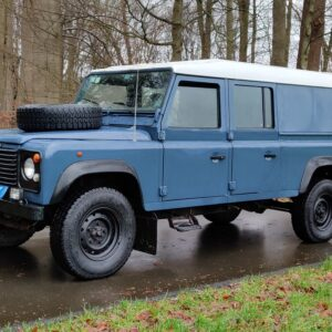 1995 LR LHD Defender 130 Stationwagon Arles Blue left front