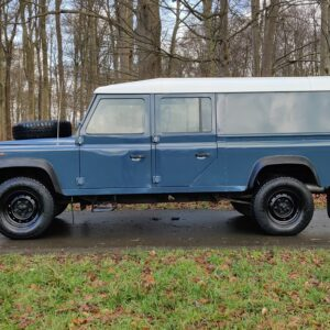 1995 LR LHD Defender 130 Stationwagon Arles Blue left side