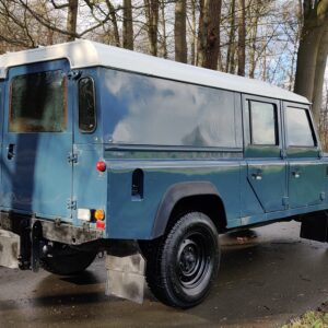 1995 LR LHD Defender 130 Stationwagon Arles Blue right rear