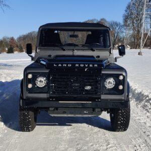 2010 LR LHD Defender 90 Orkney Grey A snow front