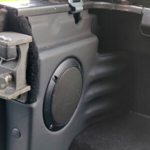 2010 LR LHD Defender 90 Orkney Grey Soft Top A Black hood rear speaker panels